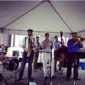 Bottoms Up Dixieland Jazz Band